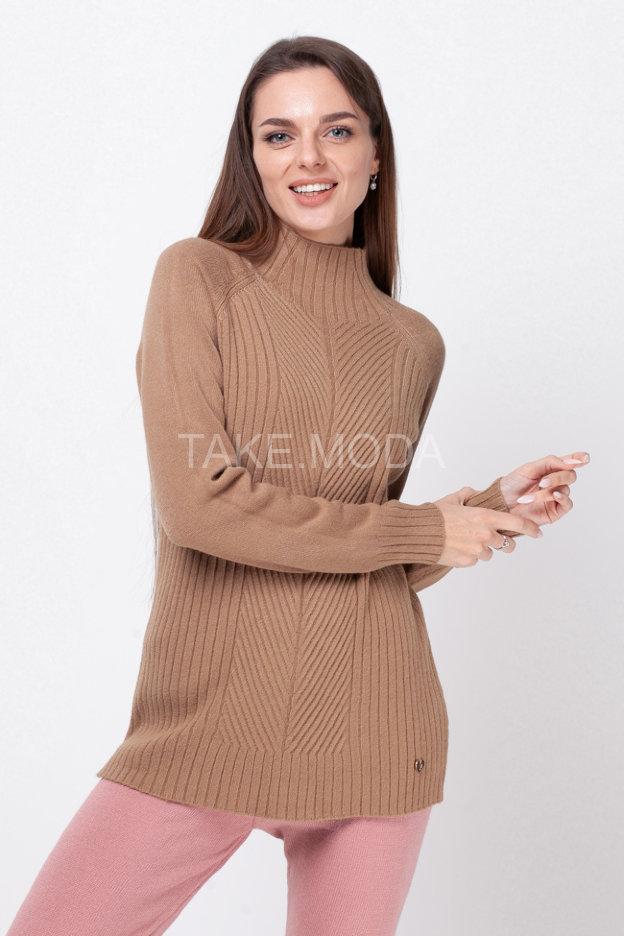 Базовый свитер с воротником стойка