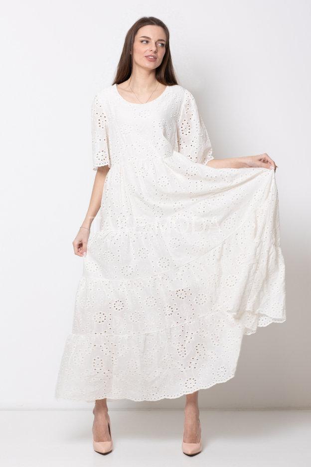 Платье из ажурного шитья