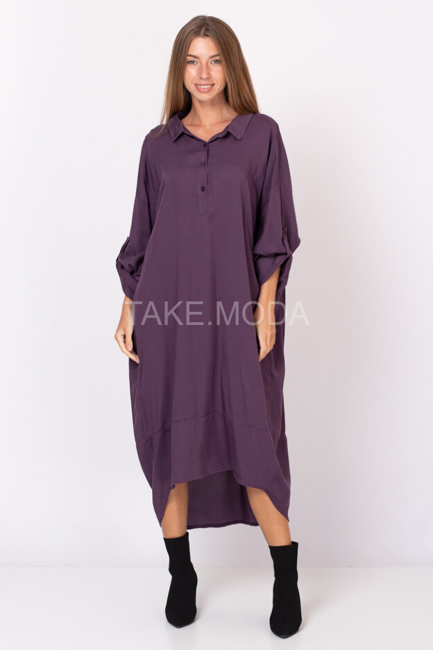 Свободное платье из тенселя с отложным воротником
