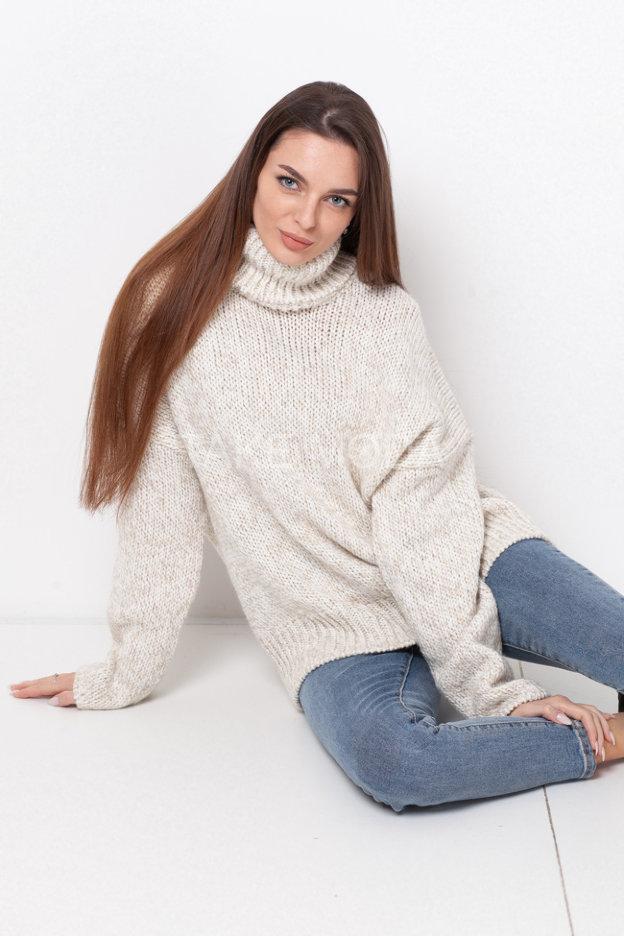Вязаный свитер oversize