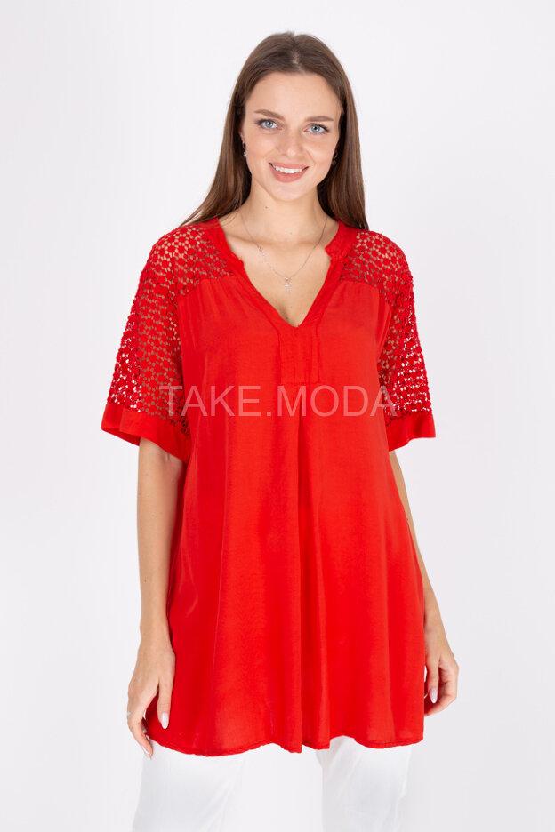 Блуза с ажурным шитьем
