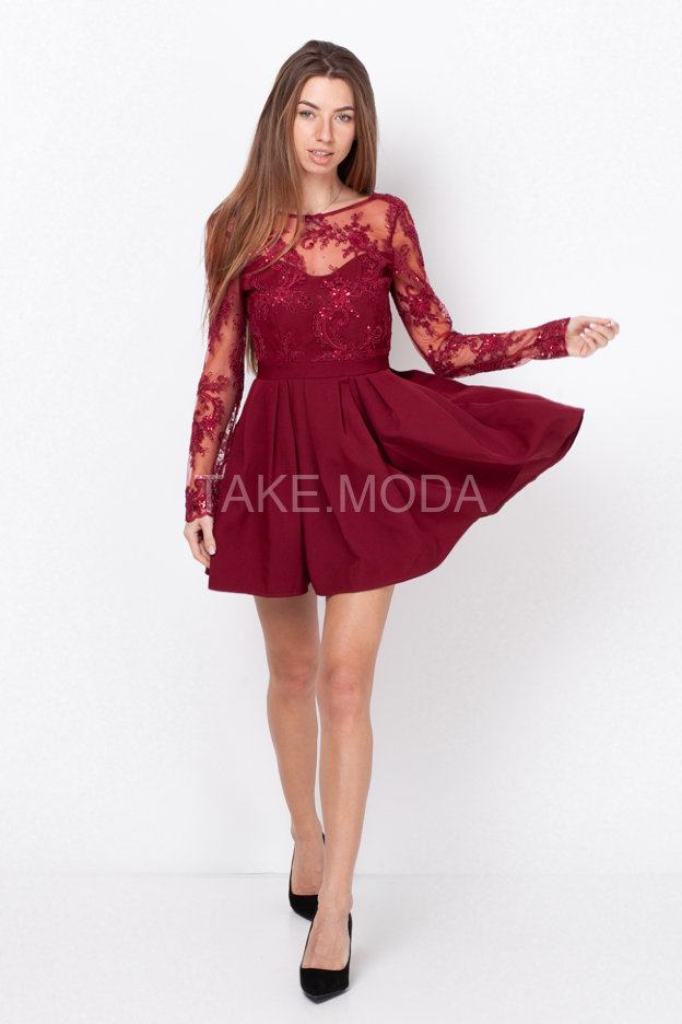 Коктейльное платье А-силуэта