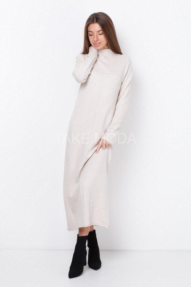 Трикотажное платье макси длины