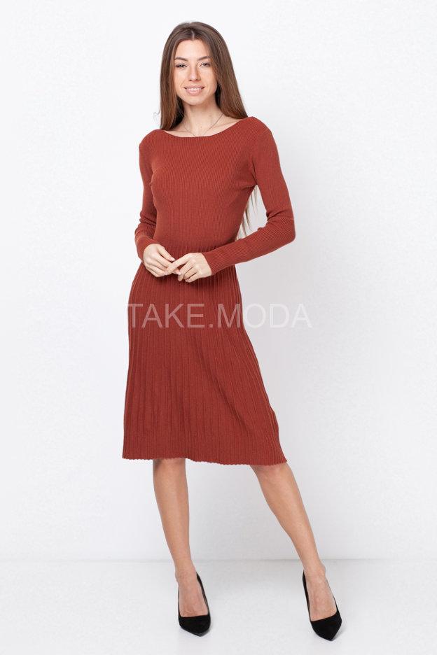 Трикотажное платье А-силуэта