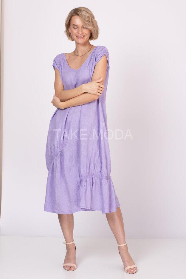 Льняное платье с V-вырезом горловины
