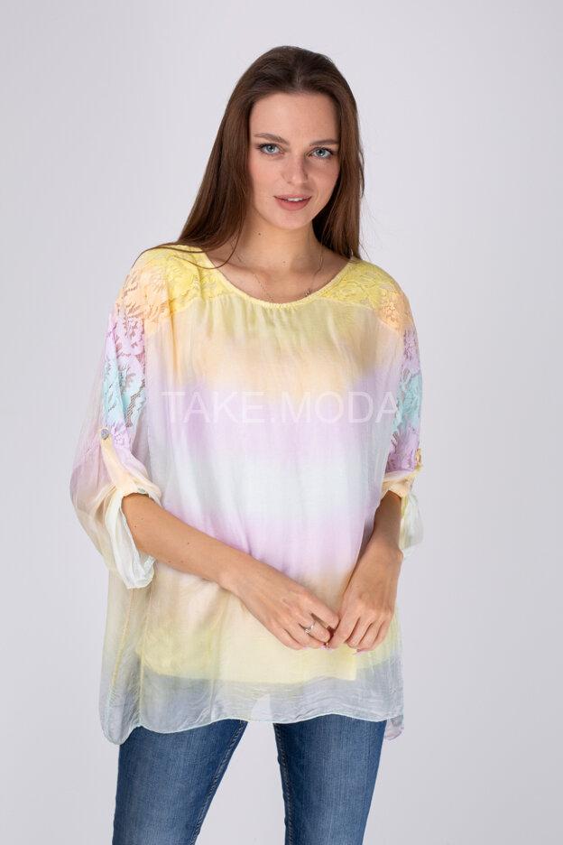Блуза с нежным градиентом