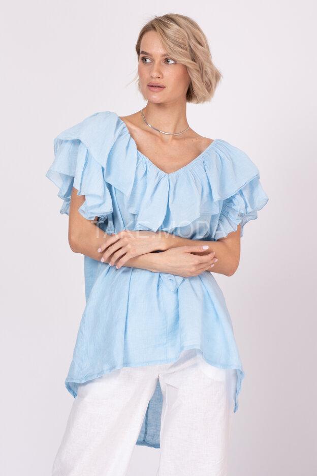 Блуза украшенная воланом