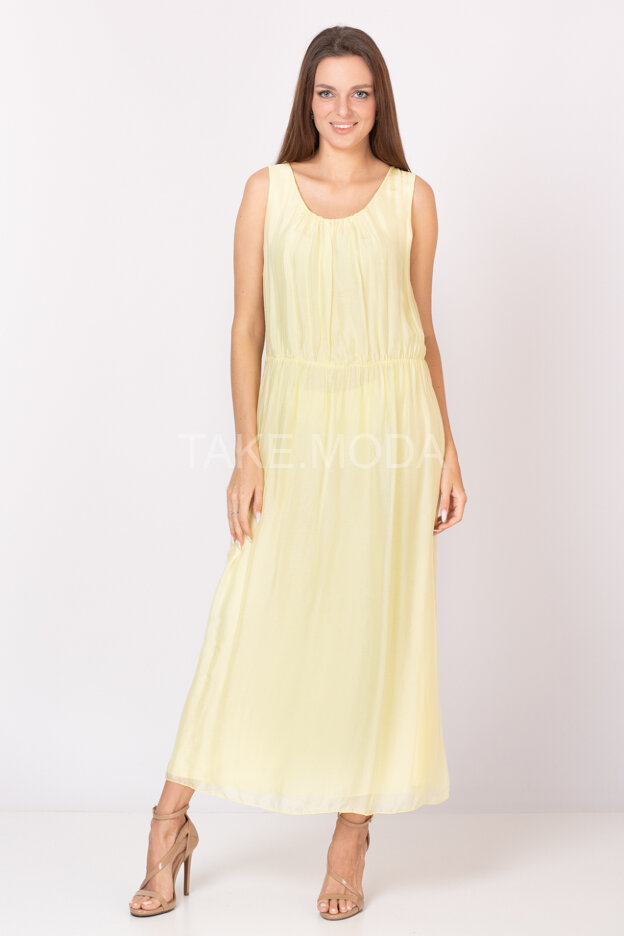 Однотонное шелковое платье