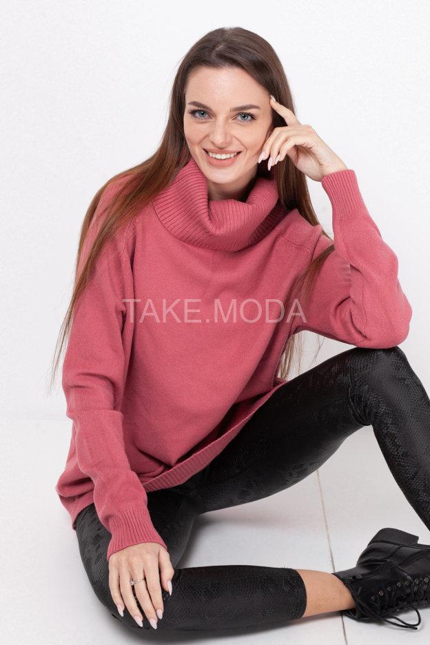 Трикотажный свитер с широким воротником