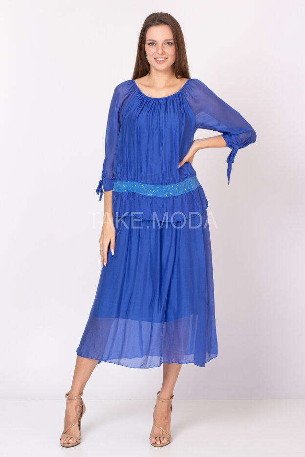 Ярусное шелковое платье украшенное пайетками