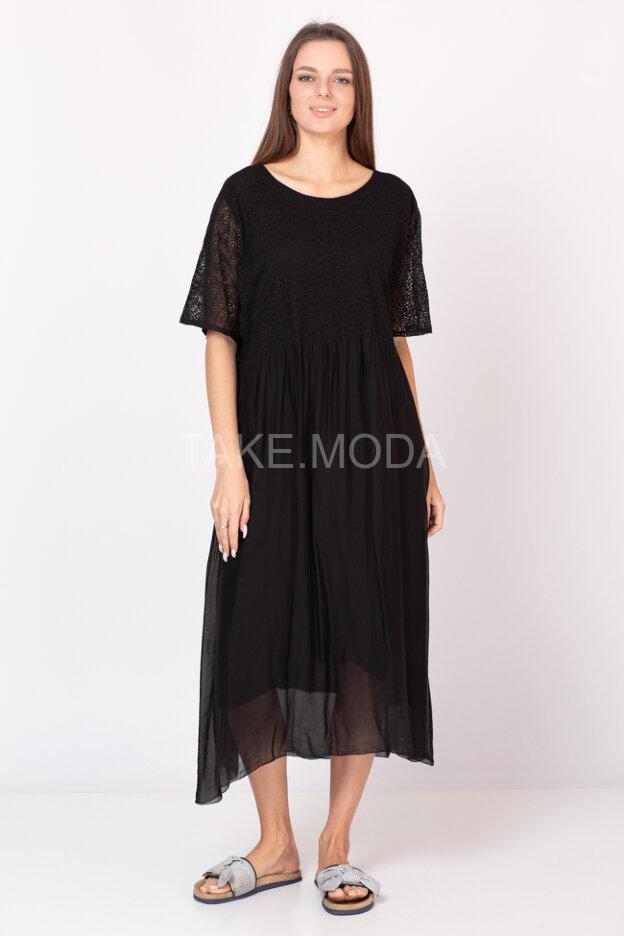 Шелковое платье украшенное ажуром